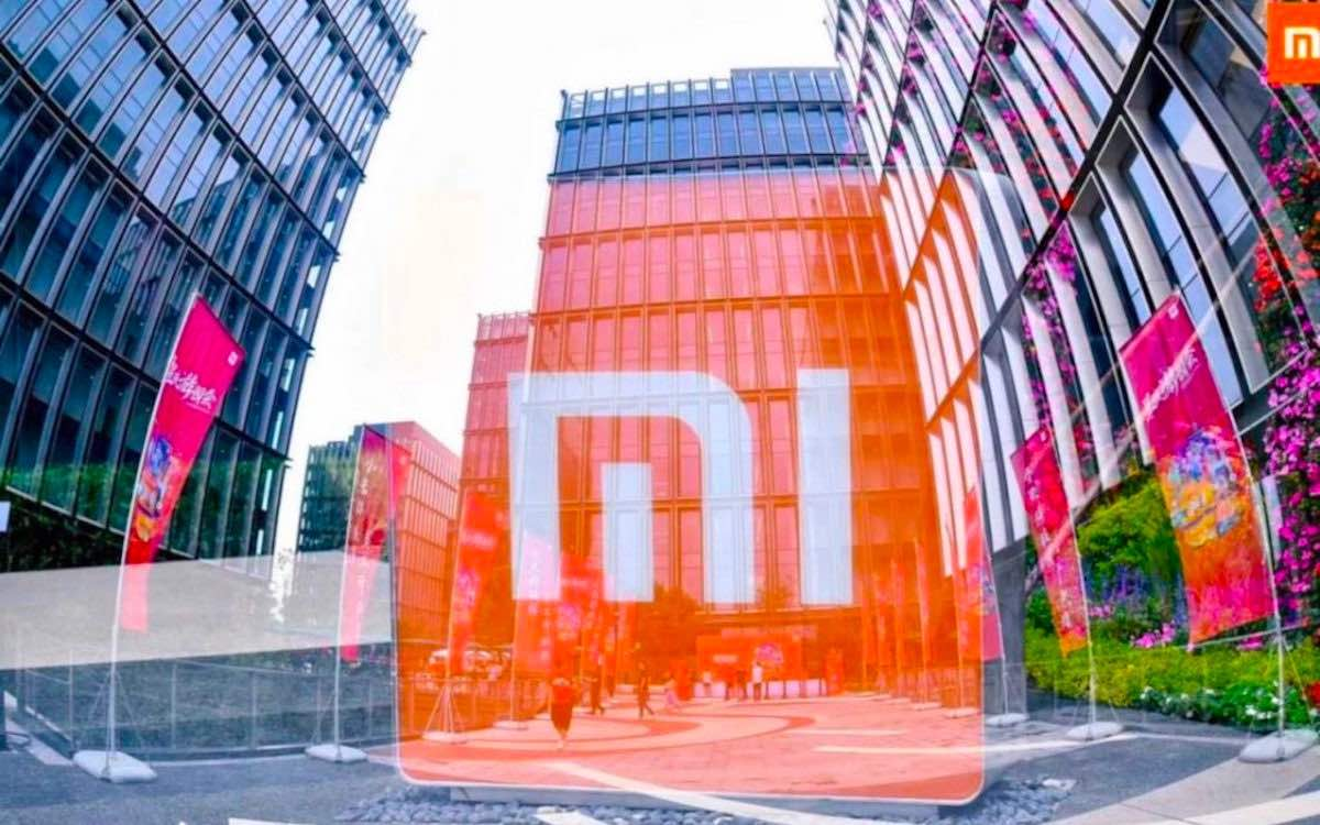 The photo shows the red logo of Xiaomi. The Chinese company has made a major impact in India.