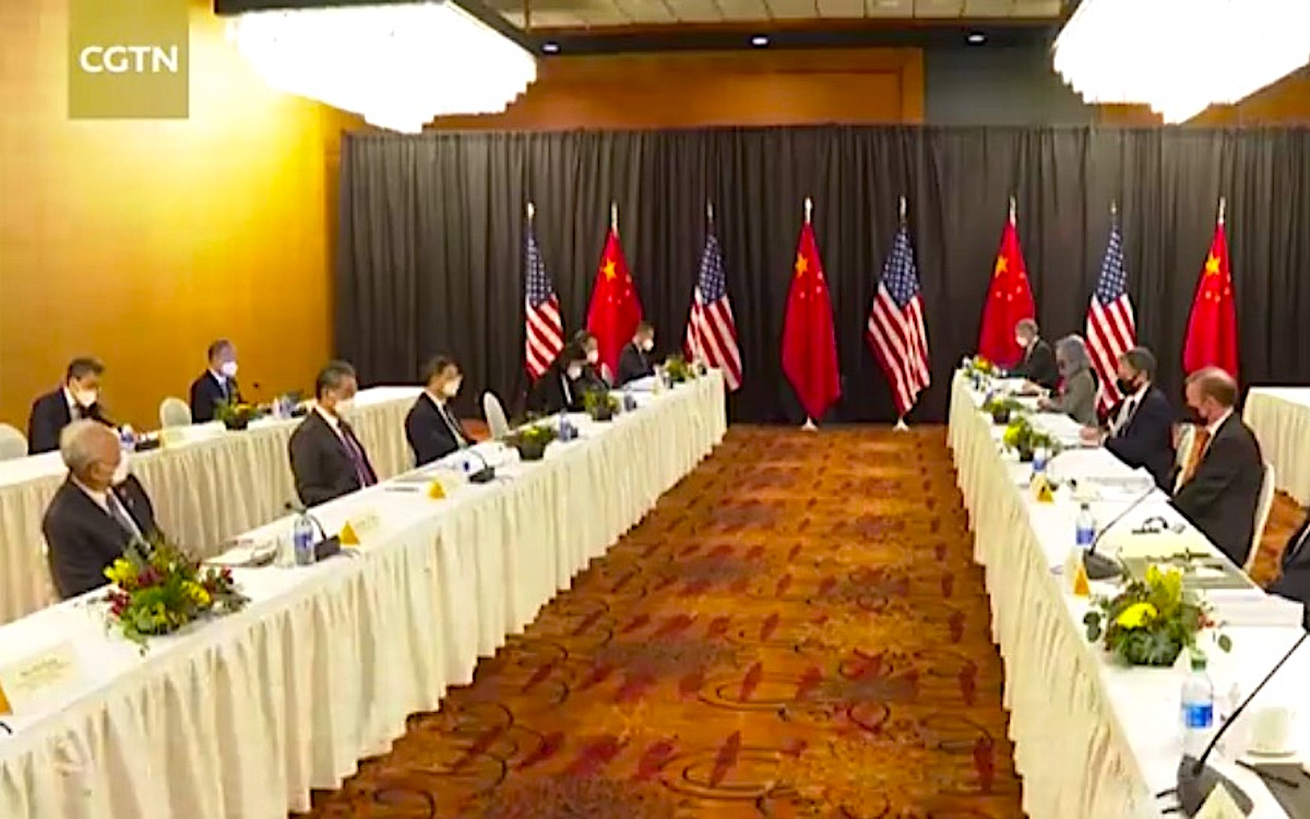 The image shows both sides on separate tables during the first session in Alaska. The media briefing turned into an ugly affair.