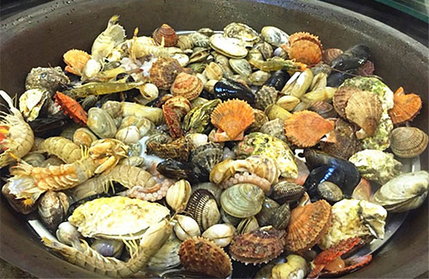 Steamed Seafood Party