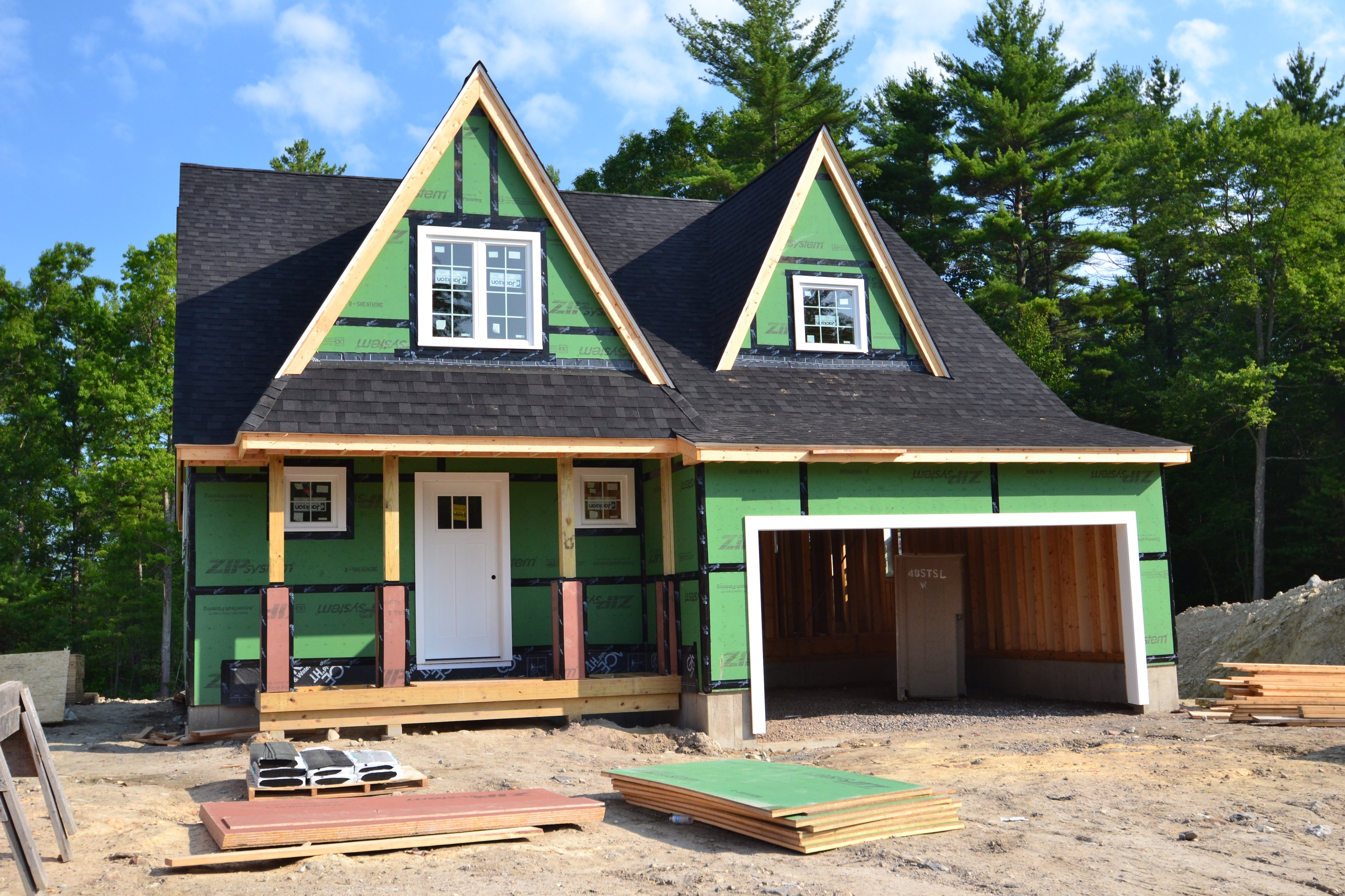 4 Reasons New Home Construction Costs Are Rising