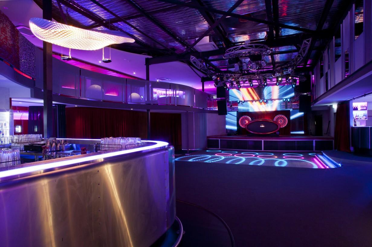 Air Nightclub  chindarsi architects