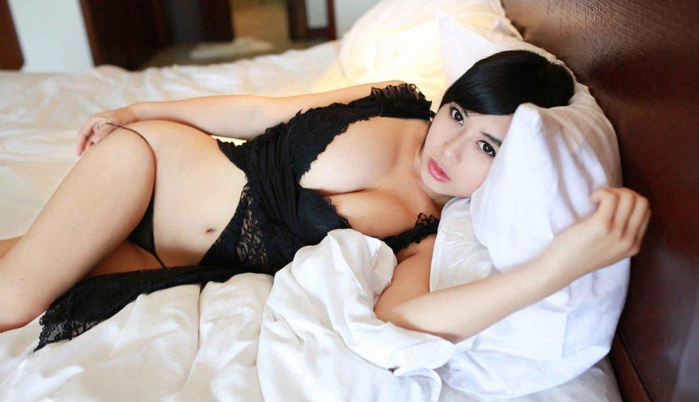 Yan nackt Liu Cute nackt