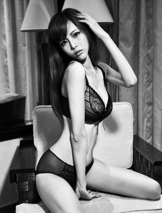 Ye_Zi_Xuan_260813_014