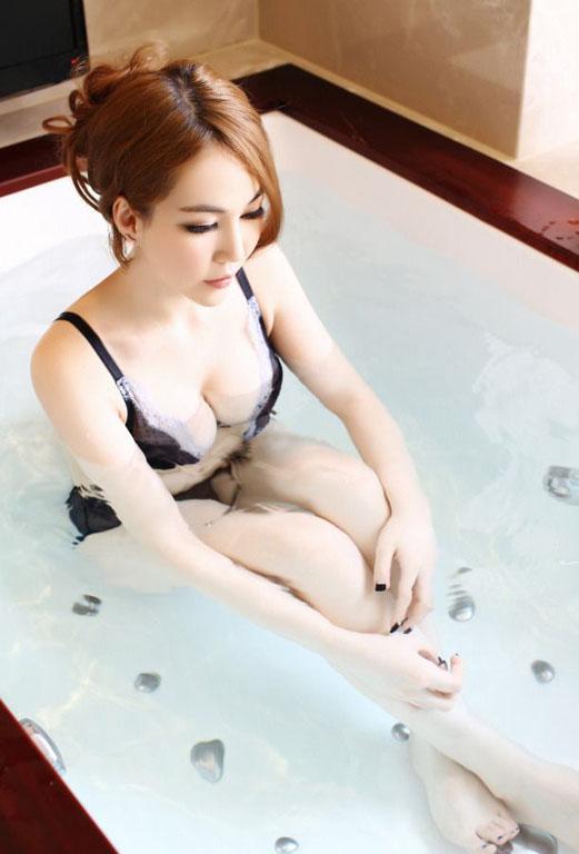 Hou_Shi_Chen_190313_034