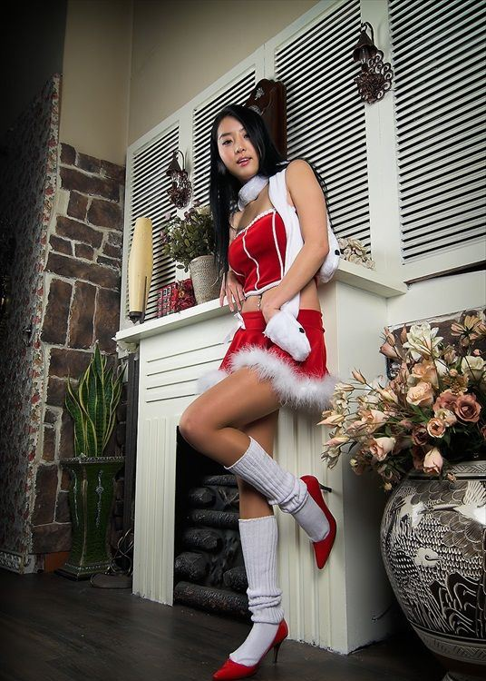 Hot_Christmas_Seo_Yoo_Jin_11