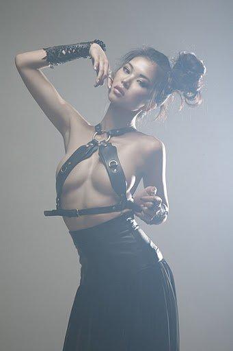 nan-zhang-chinese-sirens-com01