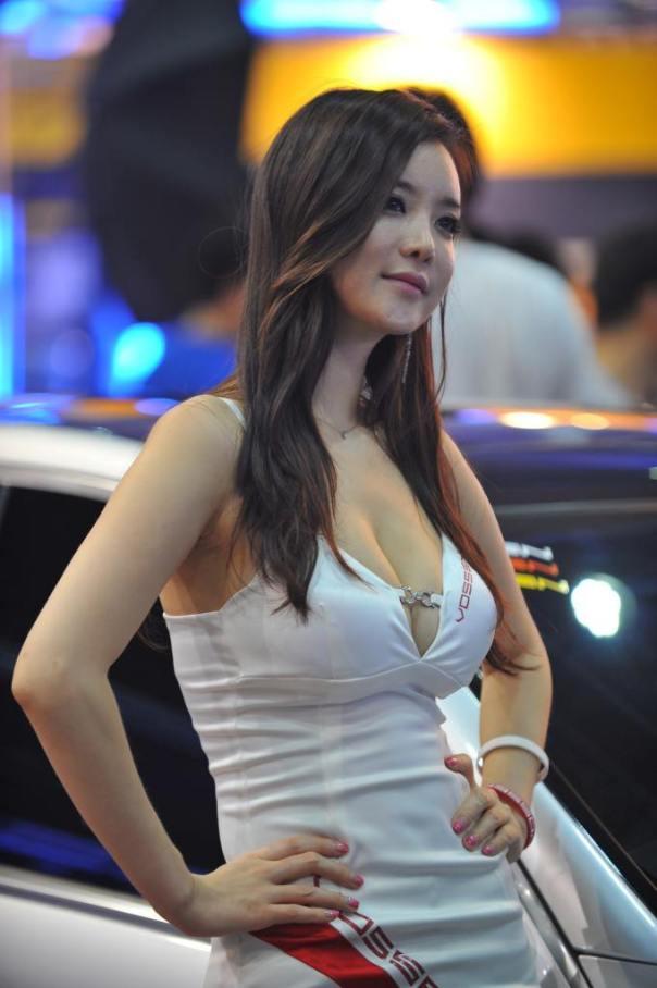 China Auto Show Girls - Chinese Sirens