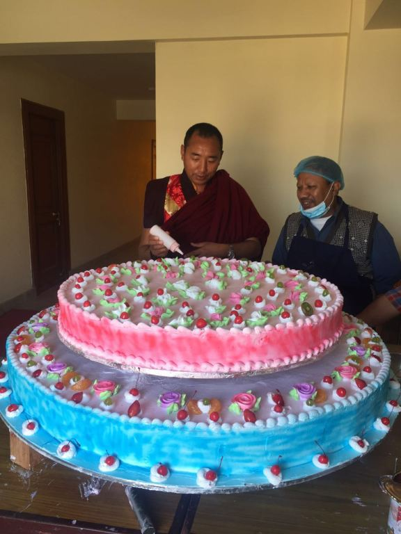 preparing-the-cake