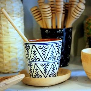 Tasses à café blanche motif pyramide