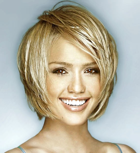 Short-Hairstyles-for-Long-Faces-Women