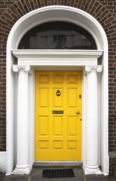 summer-home-decorating-trends-front-door-paint-color-consultation-ch interior designs