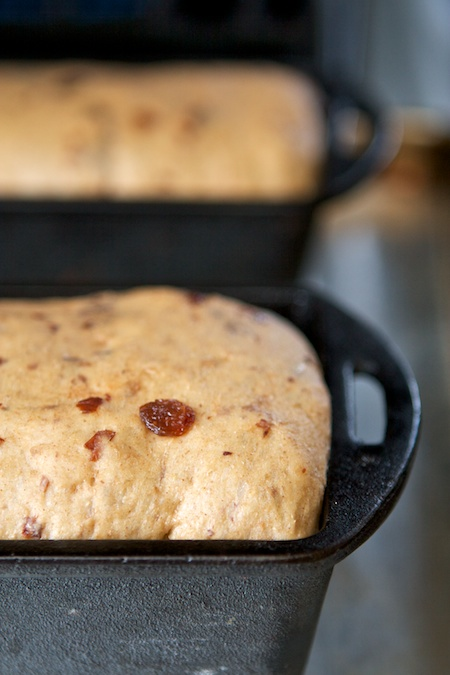 cinnamon_raisin_bread