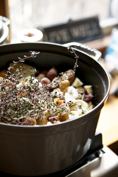 thyme on roast