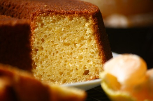 tangerine cake cut
