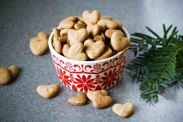Pepperkaker (Norwegian Christmas Cookies)