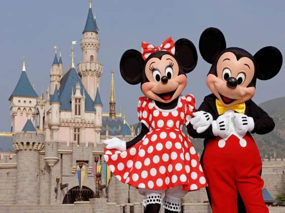 Disneyland Resort Gives 'Two Nights Free' With Special Vacation Packages in Early 2010