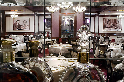 The Top 10 Best Restaurants at Disneyland