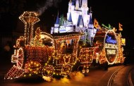 A Main Street Electrical Parade Preview