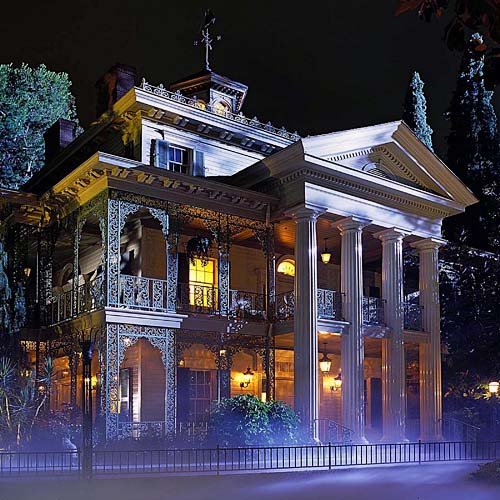Haunted Mansion And Ryan Gosling Makes For A Great Combination