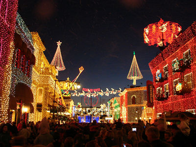 Tips For The Osborne Family Spectacle of Dancing Lights in Hollywood Studios