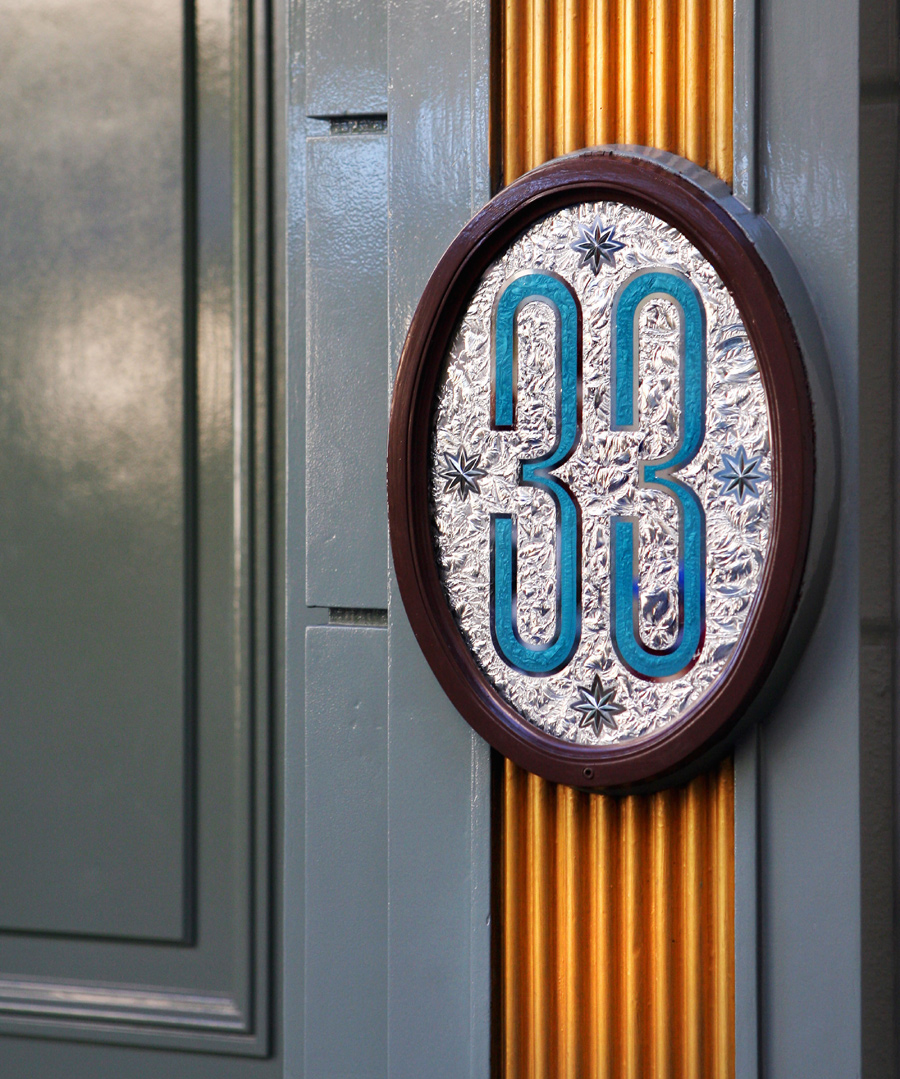 Club 33 Disneyland Video Tour – Come See this Exclusive Disneyland Club