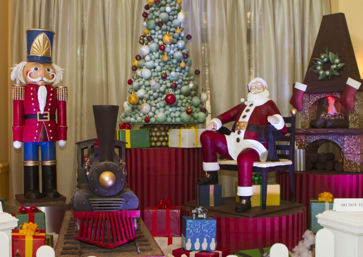 Walt Disney World Swan and Dolphin Chef completes 2,000 pound chocolate Christmas scene