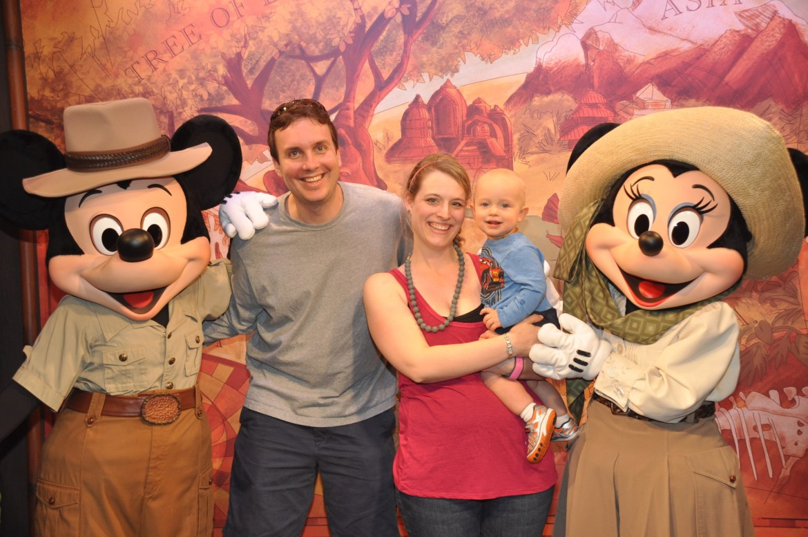 7 Tips to Make the Most of Disney Character Meet and Greets