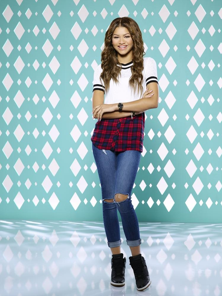 Zendaya Announced as Judge for 95th Annual Miss America Pageant!