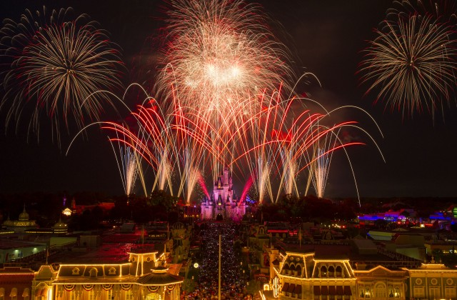 A Sensational Star-Spangled Celebration for Walt Disney World Resort