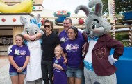 Kevin Bacon competes in Give Kids the World Ice Cream challenge