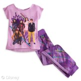 Descendants Sleep Set for Girls MSRP: $19.95 Retailers: Disney Store and DisneyStore.com Available: Now They'll never tire of their favorite new Disney Channel movie when heading to dreamland in this Descendants Sleep Set. The children of Disney's most notorious villains join together to create a new generation of mischief.
