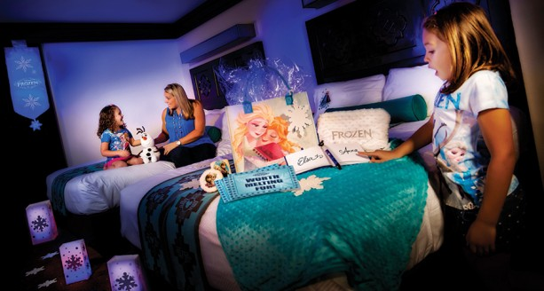 New Frozen Gift Packages Bring the Magic of Arendelle right to your Disney World & Disneyland Resort Rooms