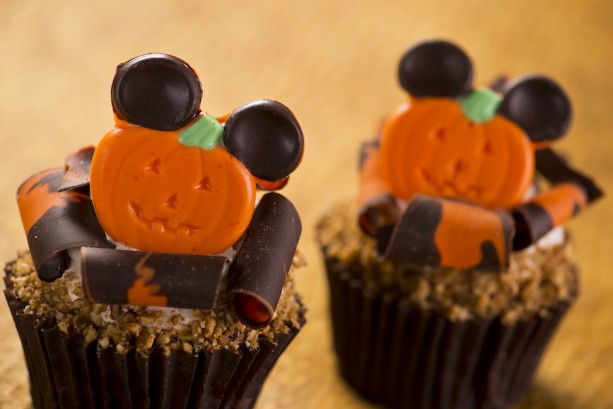 Mmm… Check out these Halloween Treats coming to Walt Disney World