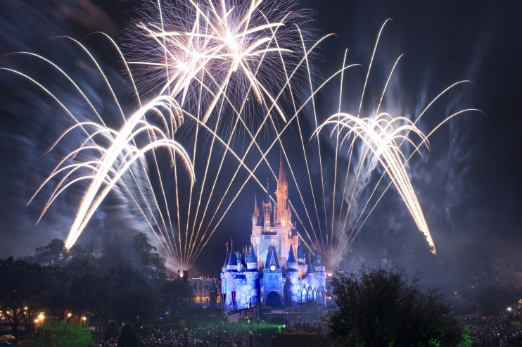 "Additional Viewing Areas Available For Guests To See Last ""Wishes"" Performance"