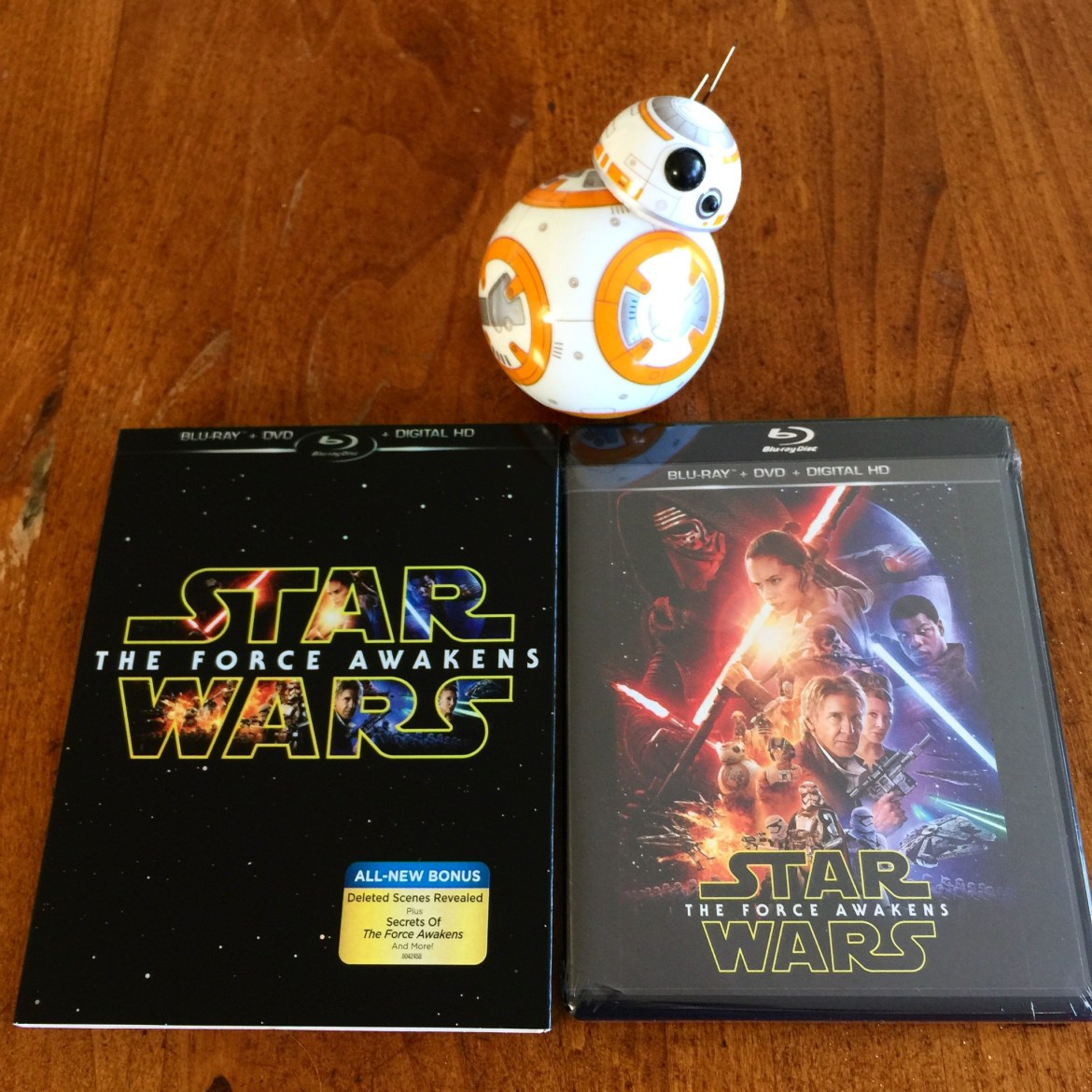 """Blu-Ray Review of """"Star Wars: The Force Awakens"""""""