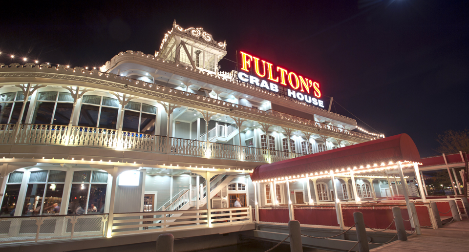 Fulton's Crab House to be renamed Paddlefish upon re-opening this Fall