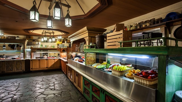Trail's End Restaurant at Fort Wilderness Introduces a Weekend Brunch