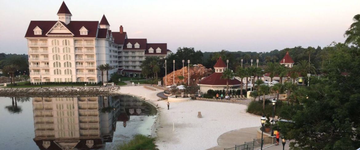 Body of 2-year-old boy dragged into the Seven Seas Lagoon by an alligator has been recovered