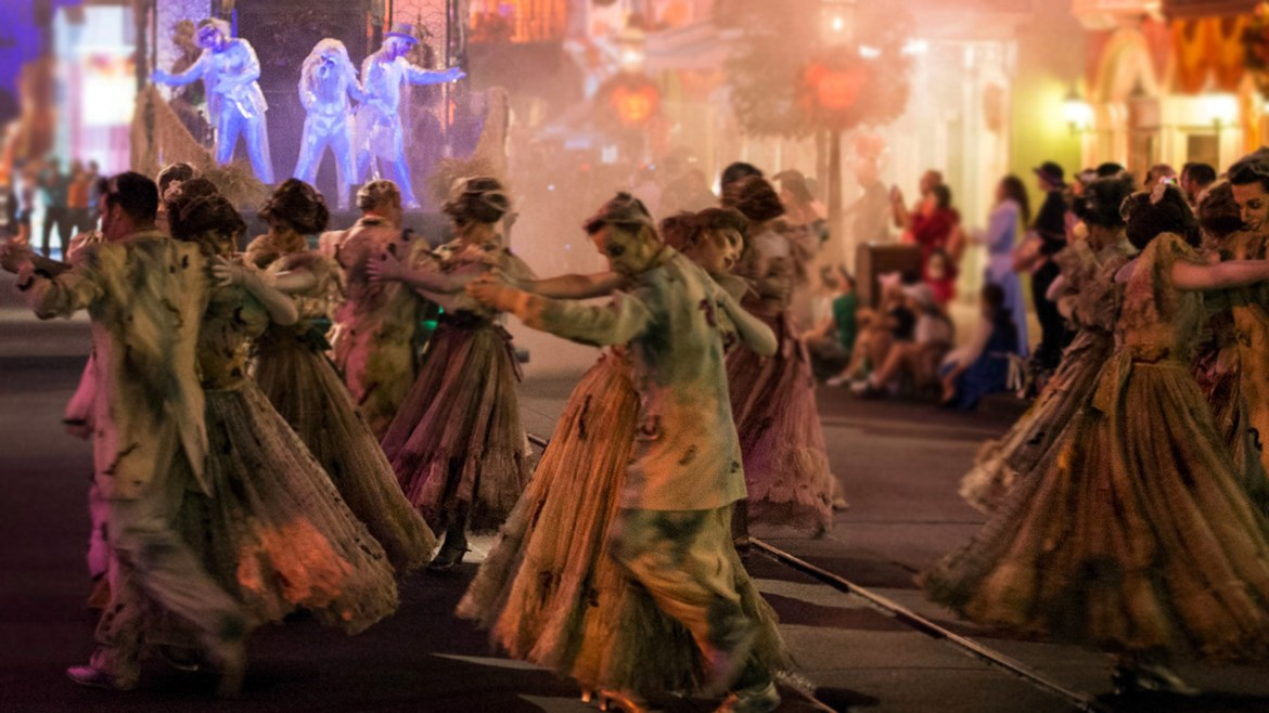Frightfully Fun Parade to Make Disneyland Debut During Mickey's Halloween Party
