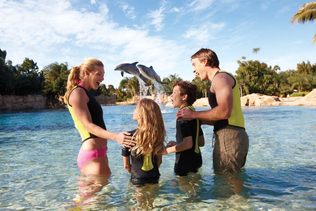 Discovery Cove Sweetens Florida Resident Discount with SeaWorld and Aquatica!