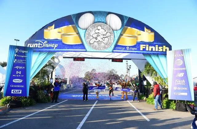 Fredison Costa wins Walt Disney World Marathon for 4th straight year