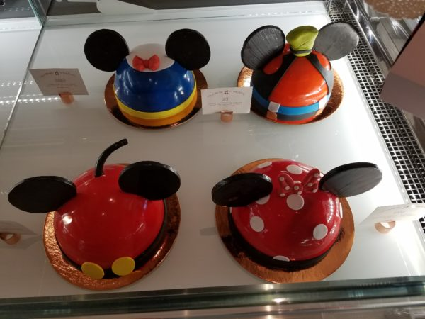 New Cake Decorating Experience Available at Amorette's Patisserie Disney Springs