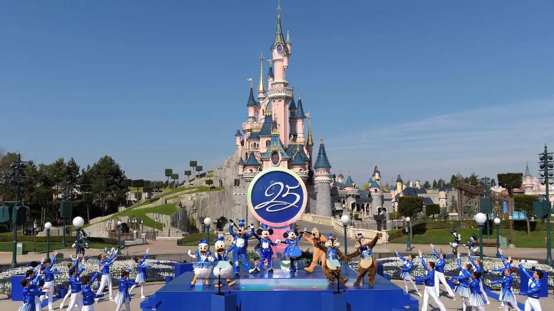 Disneyland Paris Receives 25th Anniversary Wishes from Celebrities