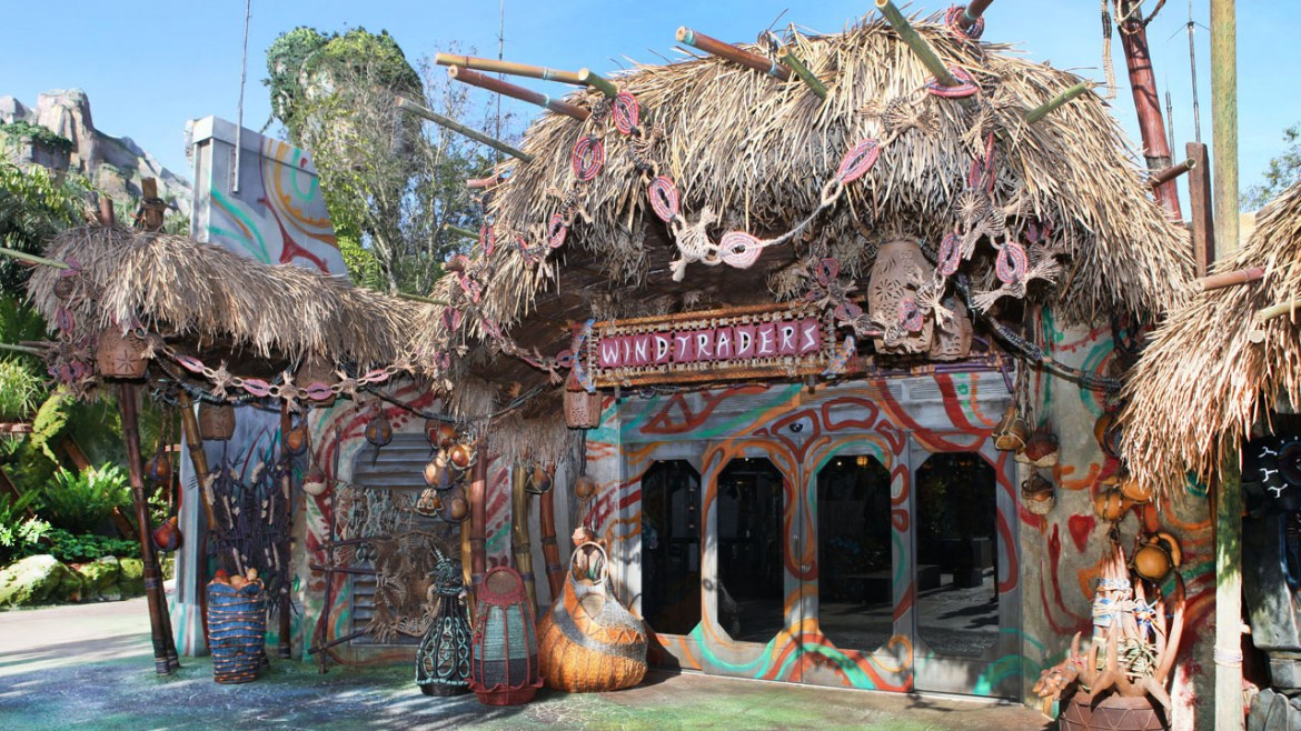Windtraders Provides Unique and Immersive Shopping Experience for Pandora Visitors