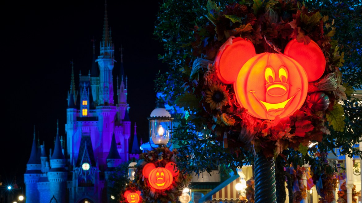 Disney Park Passes Unavailable For Halloween At Magic Kingdom