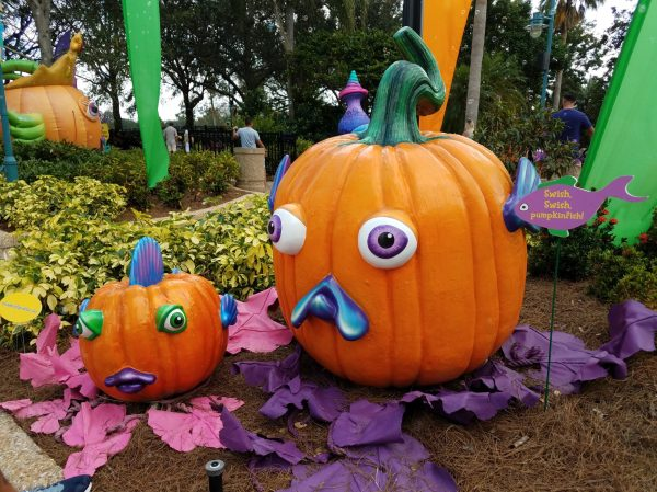 SeaWorld Orlando39s Spooktacular Opening Weekend Review