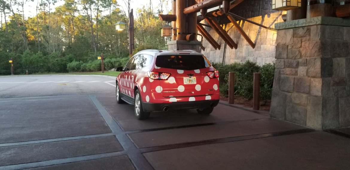 Minnie Van Service Extended to Select Walt Disney World Area Hotels