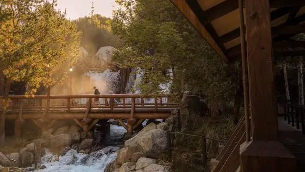 A Magical Photo Walking Tour of Disneyland Resort