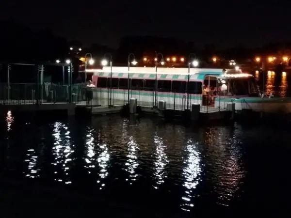 Friendship Boat Service Resumes at Walt Disney World Swan & Dolphin Resort