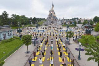 2018-06-21 16_46_17-Thousands Celebrate International Yoga Day at Iconic Disney Parks Locations _ Di